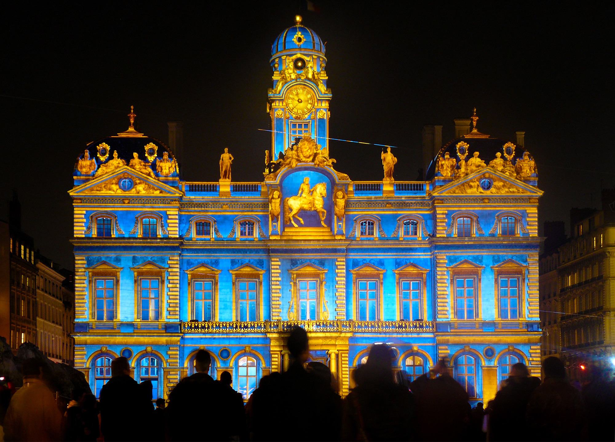 Stay at Lyon with University Rooms and witness the festival of lights