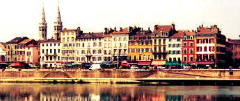Visit beautiful Macon in France and stay in university room accommodation