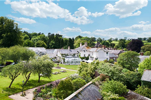 Summer Lodge Country House Hotel, Restaurant & Spa