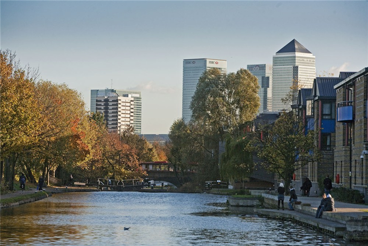 Regents Canal and Canary Wharf from the Mile End Campus
