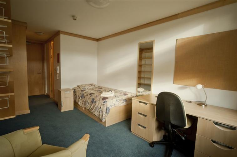 Marriott Bedroom