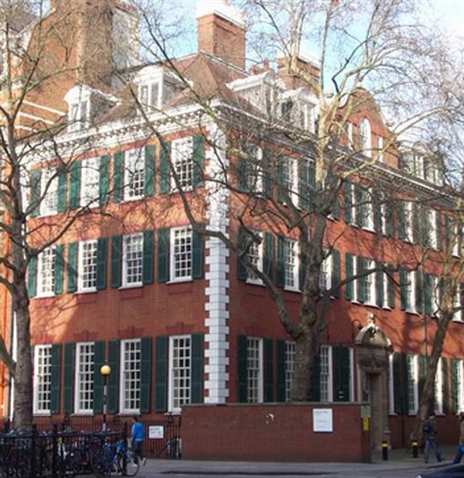 City Gate Apartments: 170 Queen's Gate, South Kensington, London