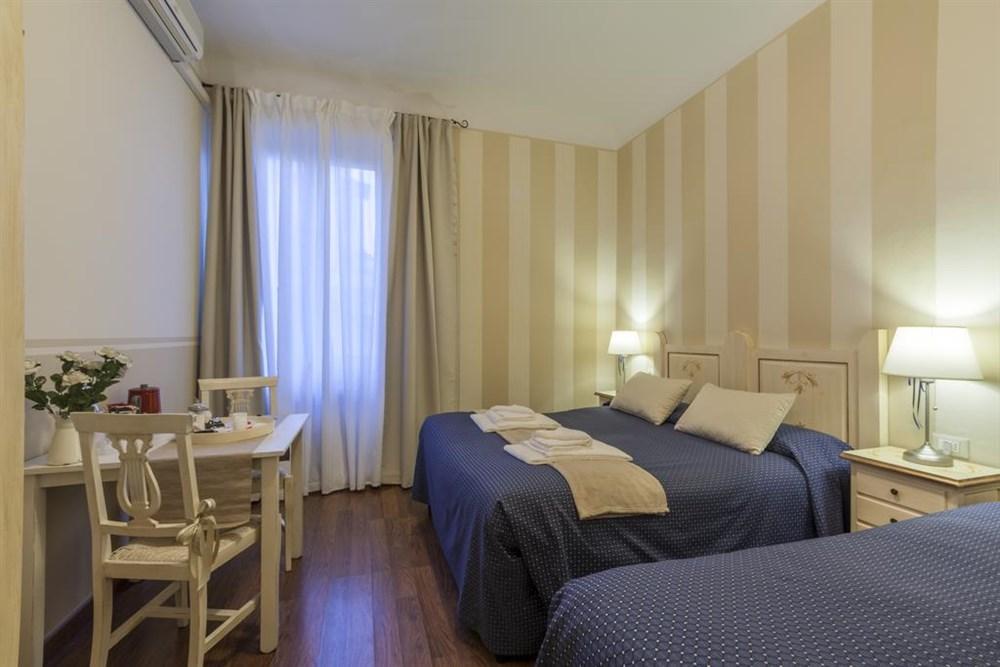B&B Soggiorno Pezzati, Firenze, B&B | Best price guarantee