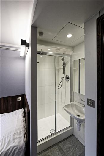 Superior Semi Ensuite (Shower & Wash Basin)