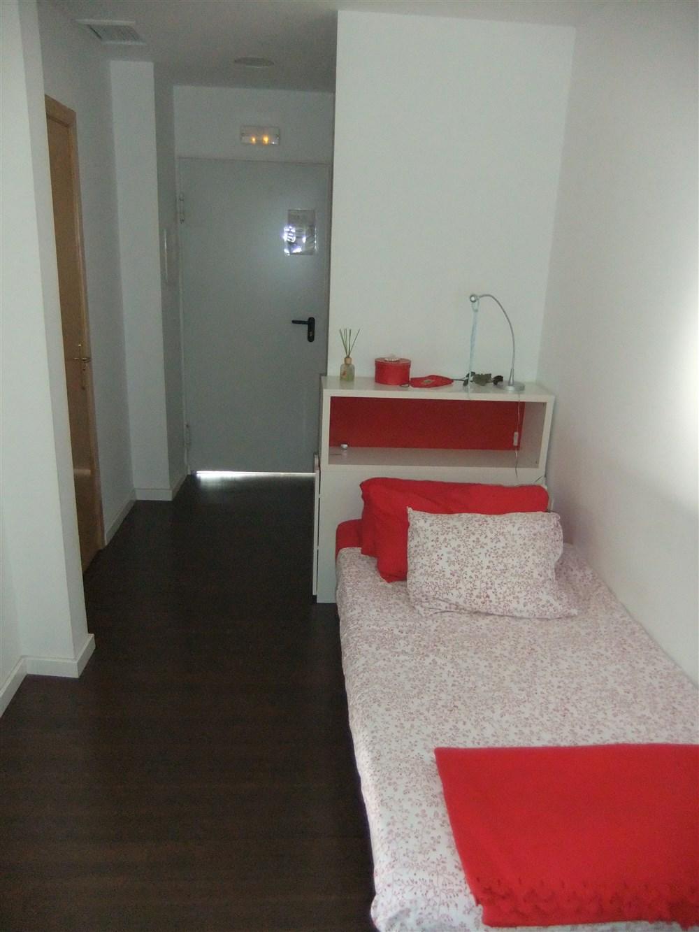 Hostal Residencia Goya, Zaragoza   Guest B&B - Book Now