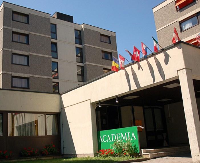 Hotel academia graz b b prenota ora for Adesso salon worcester ma