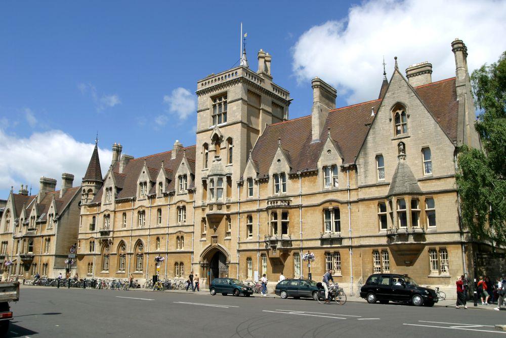 Imagini pentru balliol college
