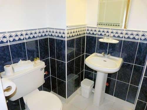 Riverhouse hotel dublin hotel best price guarantee for Best bathrooms dublin