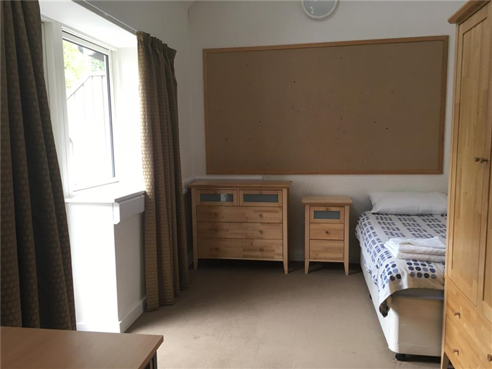 4 Person Apartment - Bedroom 3