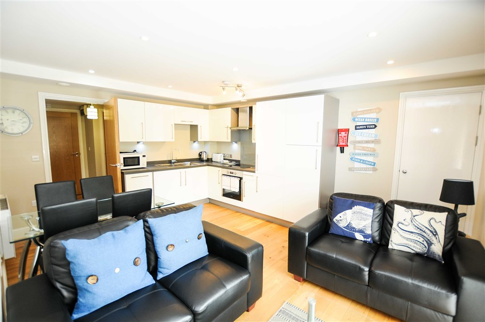 Cabot Mews Apartments Bristol Guest B Amp B Book Now
