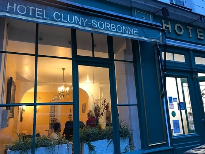 Hotel cluny sorbonne paris guest b b book now for Hotel sorbonne paris