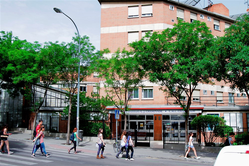 Colegio mayor chaminade madrid guest b b book now for 3 kitchener street leeds