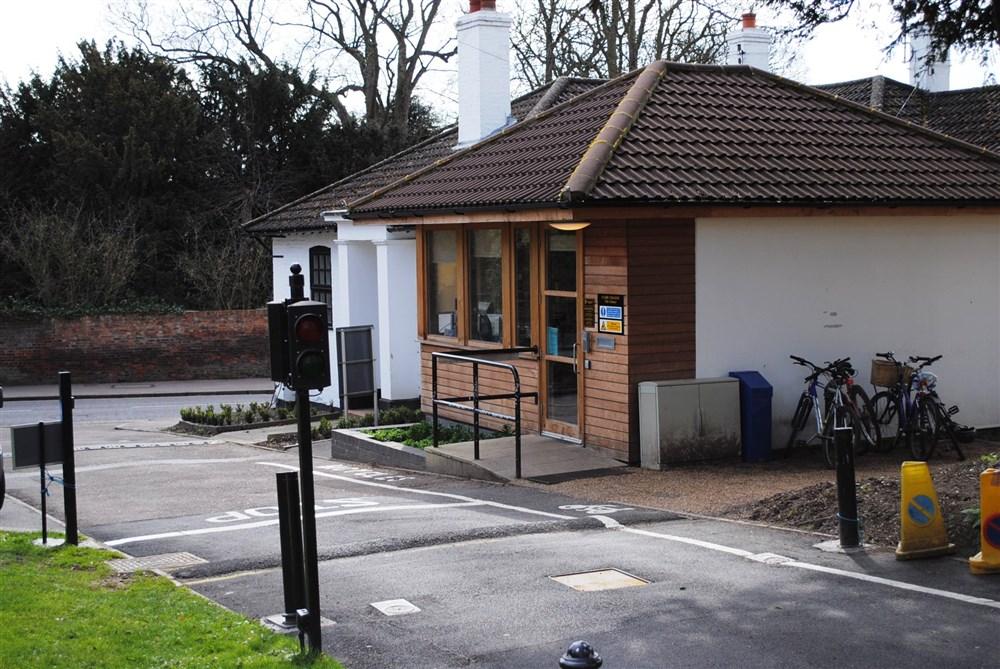 Chesterton Lane Porters' Lodge