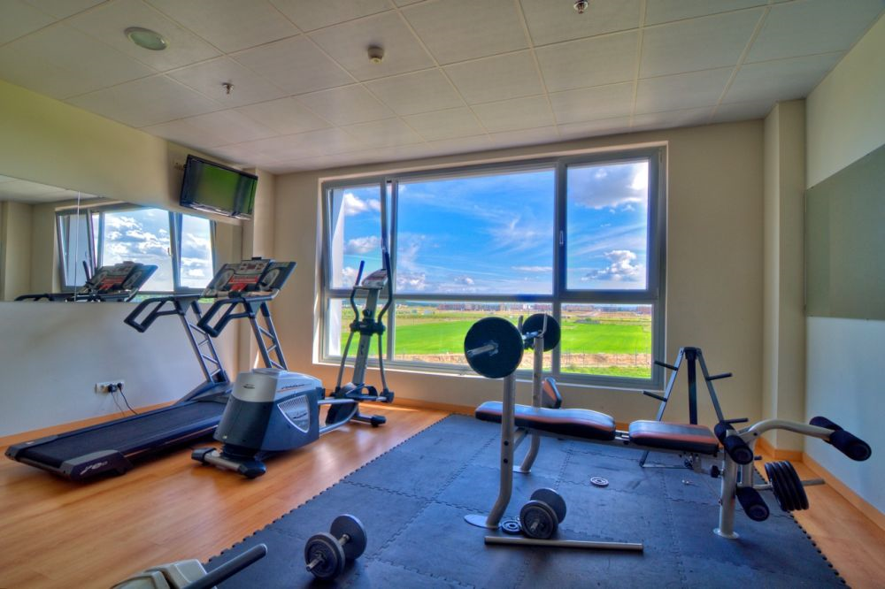 Book Double Room Canberra City With Gym