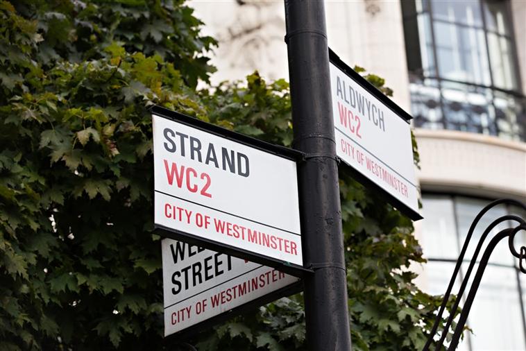 Strand street sign