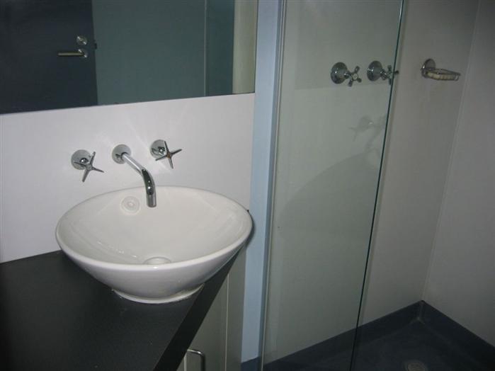 Lapthorne & Jack Clarke Bathrooms