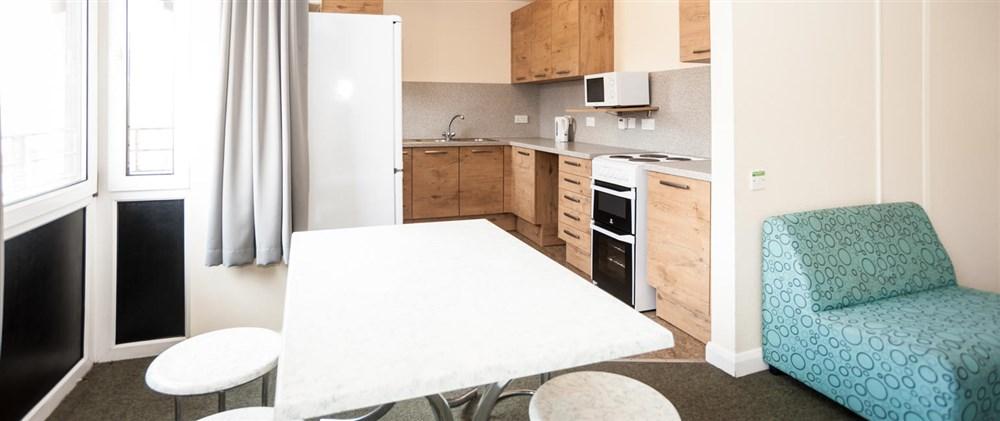 Euro Hostel Edinburgh - Kitchen