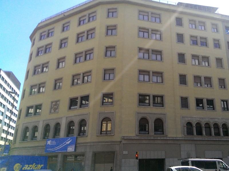 Colegio Mayor Lestonnac, Barcelona (Sólo mujeres estudiantes ...