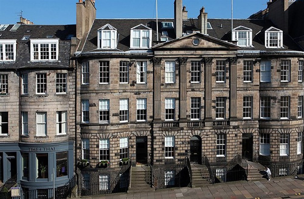 Edinburgh townhouse guesthouse guest b b book now for 3 kitchener street leeds