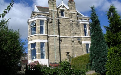 Guest House Twin Room Bradford
