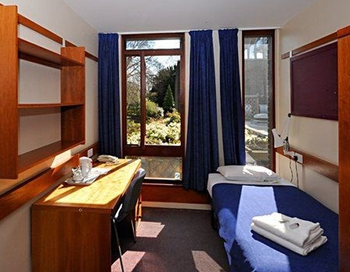 fitzwilliam college cambridge guest b b book now