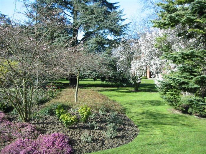 Grounds of Gilbert Murray Stamford Hall