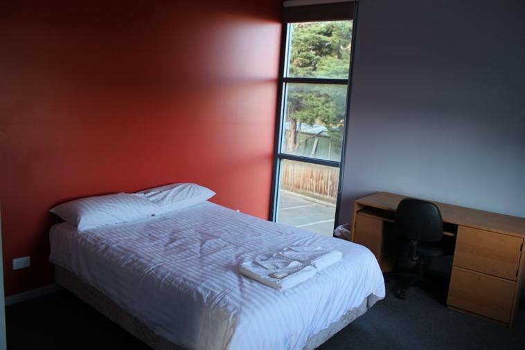 Lapthorne & Jack Clarke Master Bedrooms