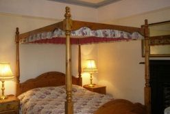 Ingledene bedroom