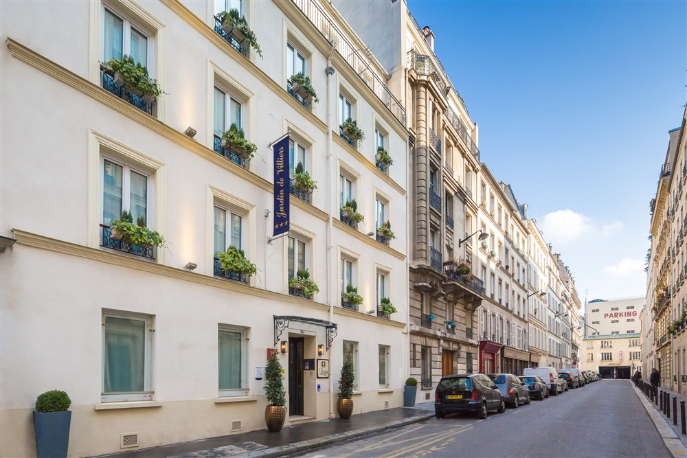 Hotel jardin de villiers paris hotel best price guarantee for Hotel jardins paris