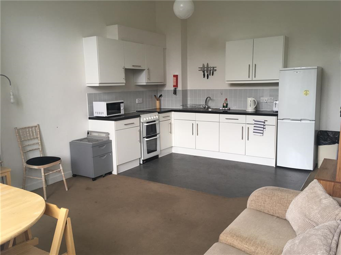 4 Person Apartment - Kitchen/Living Room