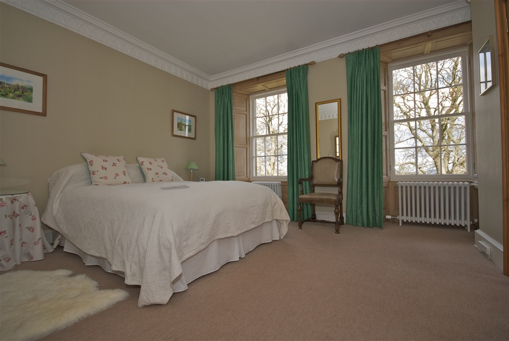 Palace bedroom