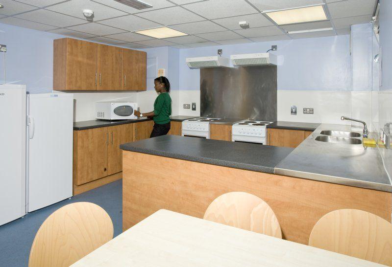 Max Rayne House kitchen