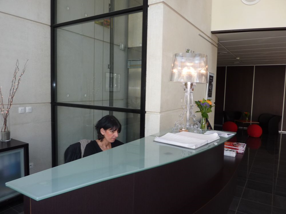 clermont ferrand chat rooms 4 star hotels clermont-ferrand a large selection of rooms from the standard comfy room to the wider room with small extras, you will find a room tailored for you.