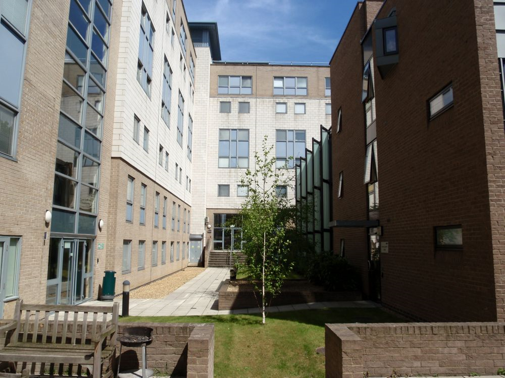 James Lighthill House - Courtyard