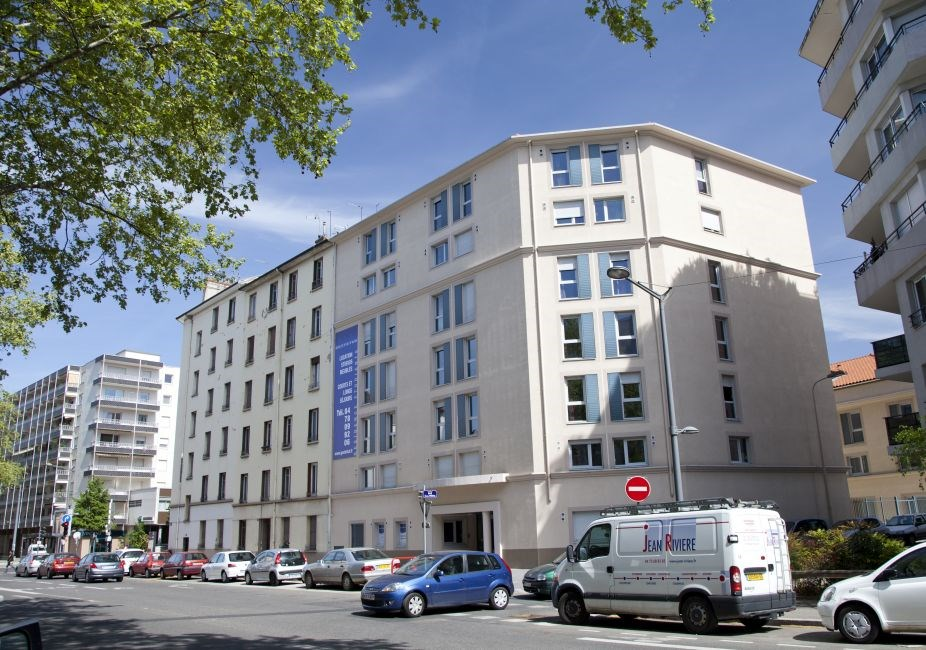 Coryph e residence lyon guest b b book now for 3 kitchener street leeds