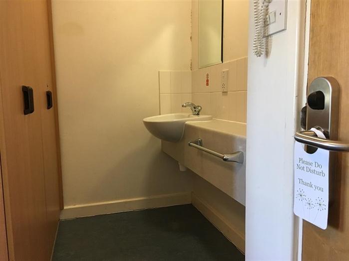 Single Standard Bedroom Sink