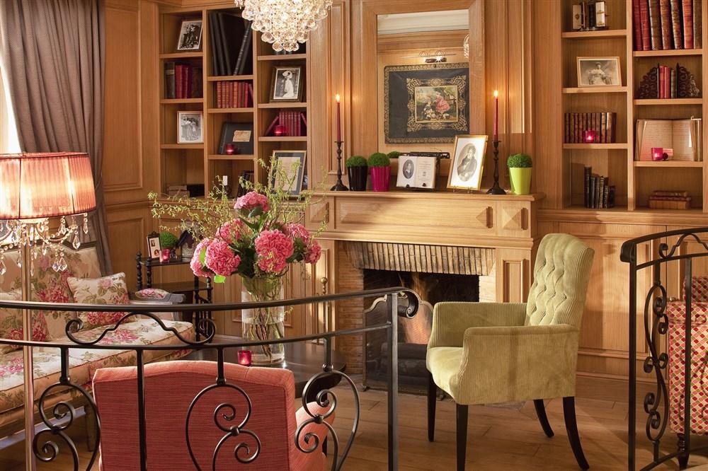 Hotel Cordelia Paris Booking