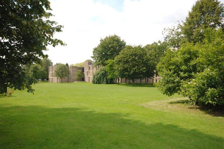 Stamford Accommodation - Gilbert Murray Stamford Hall