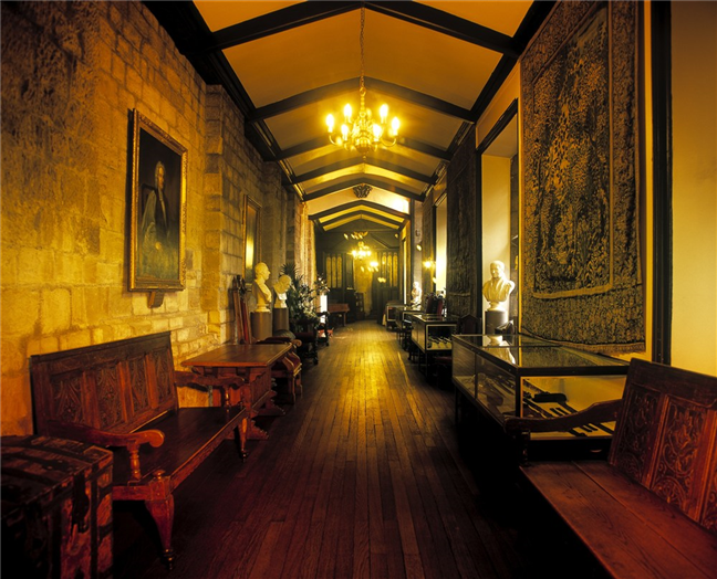 Tunstall Gallery