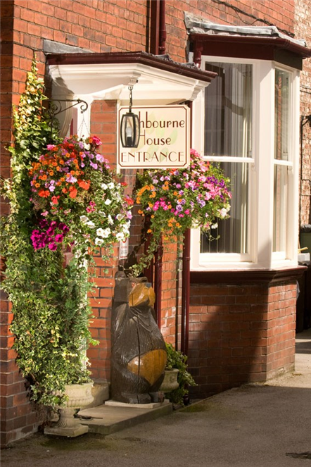 Welcome to Ashbourne Guest House, York