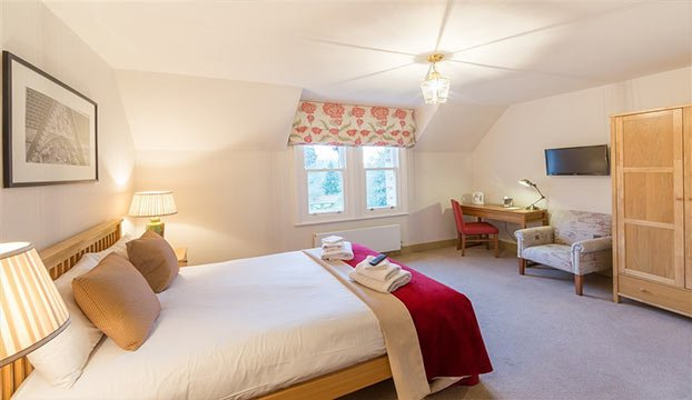 CHECK AVAILABILITY IN OXFORD  Dates  Rooms. Unique B B accommodation in Oxford colleges   University Rooms
