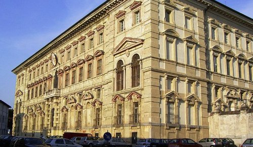 Pavia 1